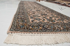 Kashan Design Rug Runner