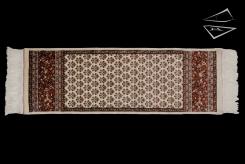 Sarouk Design Rug Runner