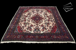 Persian Kapoutrahan Rug