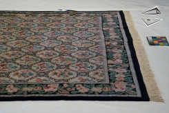 Trellis Design Square Rug